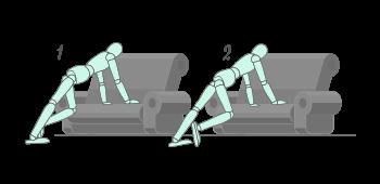 Ejercicio de Tijera en el sofa de casa