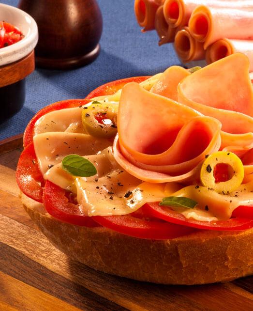 Pan con tomate y Jamón Pietrán