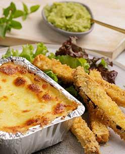 Receta de veggie Lasagna y bastones de berenjena crujientes.